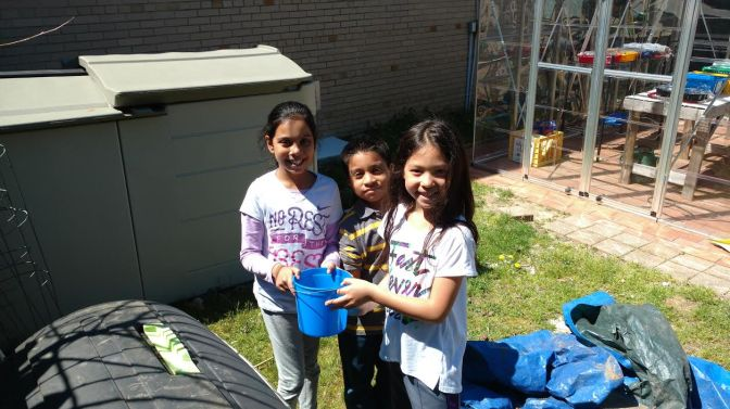 White Plains Church St Elementary School Students Compost Healthy Snack Waste