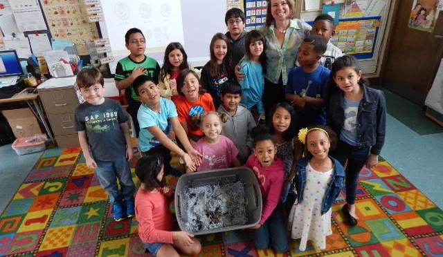 """White Plains Ridgeway's 2nd graders welcome their """"new friends"""""""