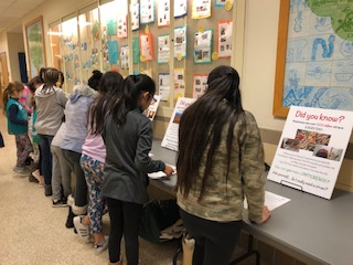 White Plains Post Rd students participate in Environmental Scavenger Hunt